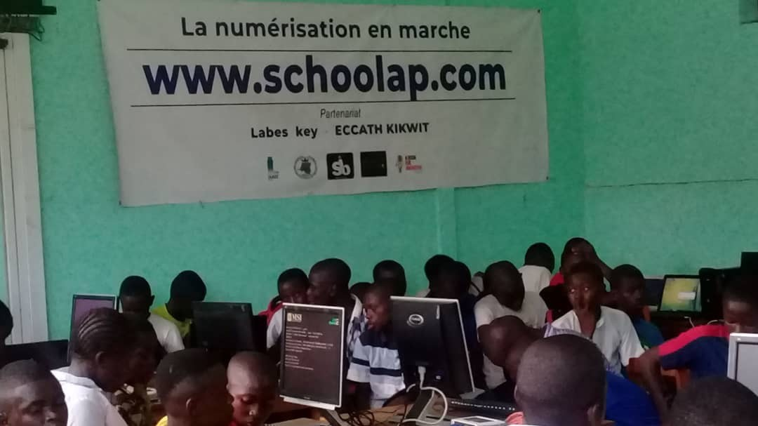 Schoolap : Improving education in Africa through digital